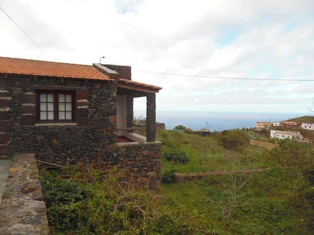 Bonita casa rural para descubrir El Hierro - 聖克魯斯-德特內里費 - 獨棟