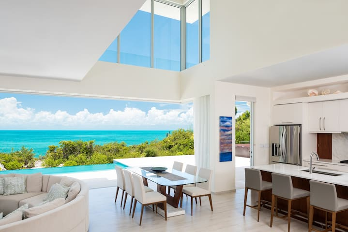 Villa Sol y Luna - Providenciales and West Caicos - House
