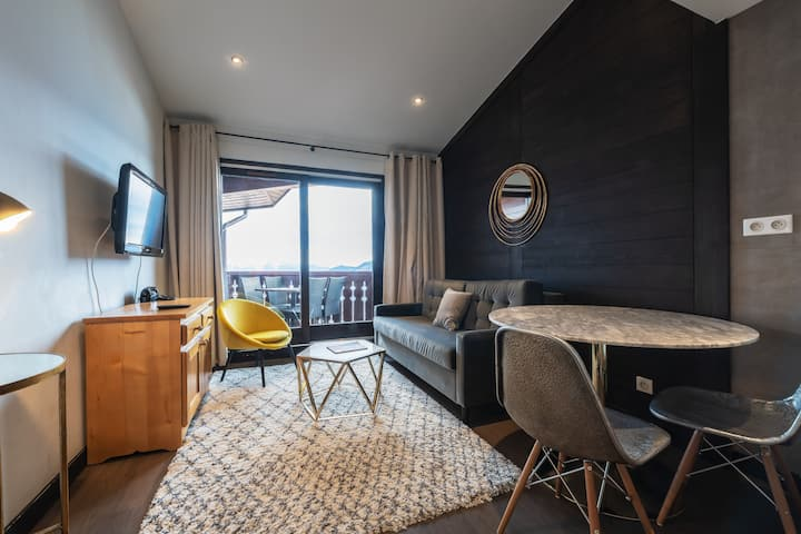 Ski-in / Ski-out 1 bedroom apartment by °F7