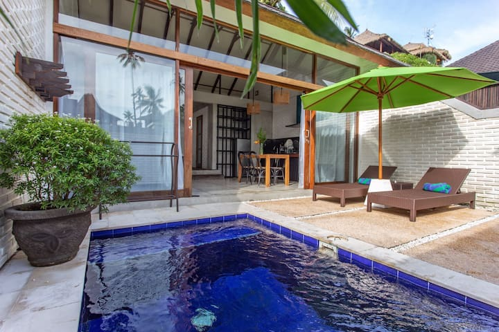 Balian 1BR Surf Villa w pool in 70m from surfspot