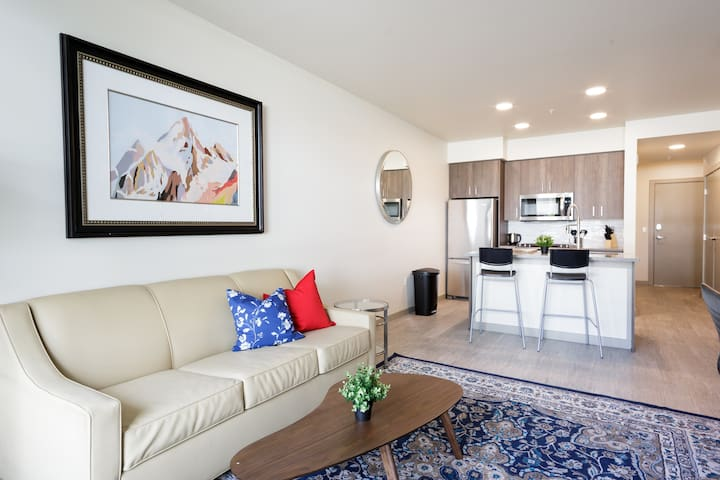 2BR & 1Bath Luxury Living in Downtown PDX