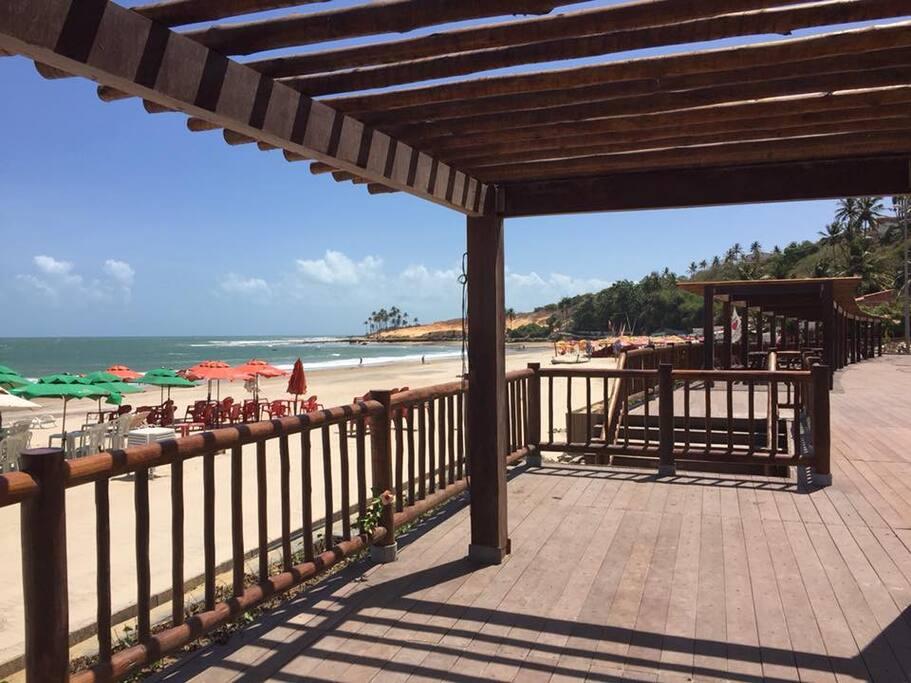 Calçadão da Praia de Lagoínha.