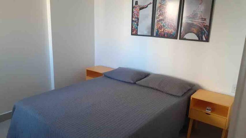 quarto de casal (cama double) quarto 2