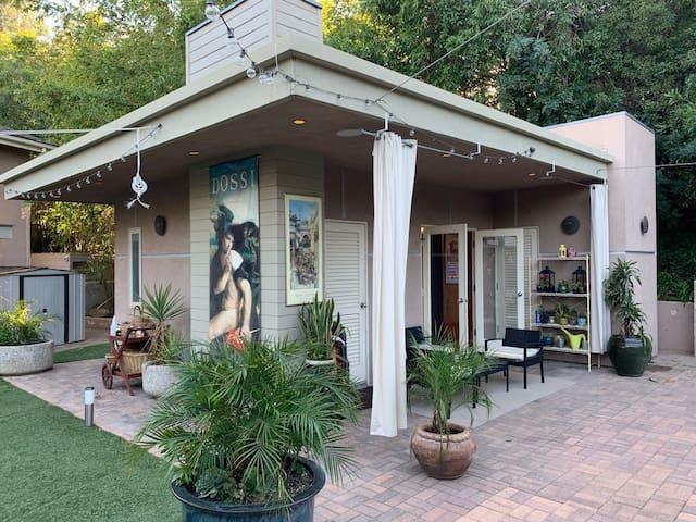 Guest house cabana R6