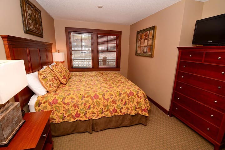 A212- 1 bedroom standard view suite, w/ over-sized deck and seating!