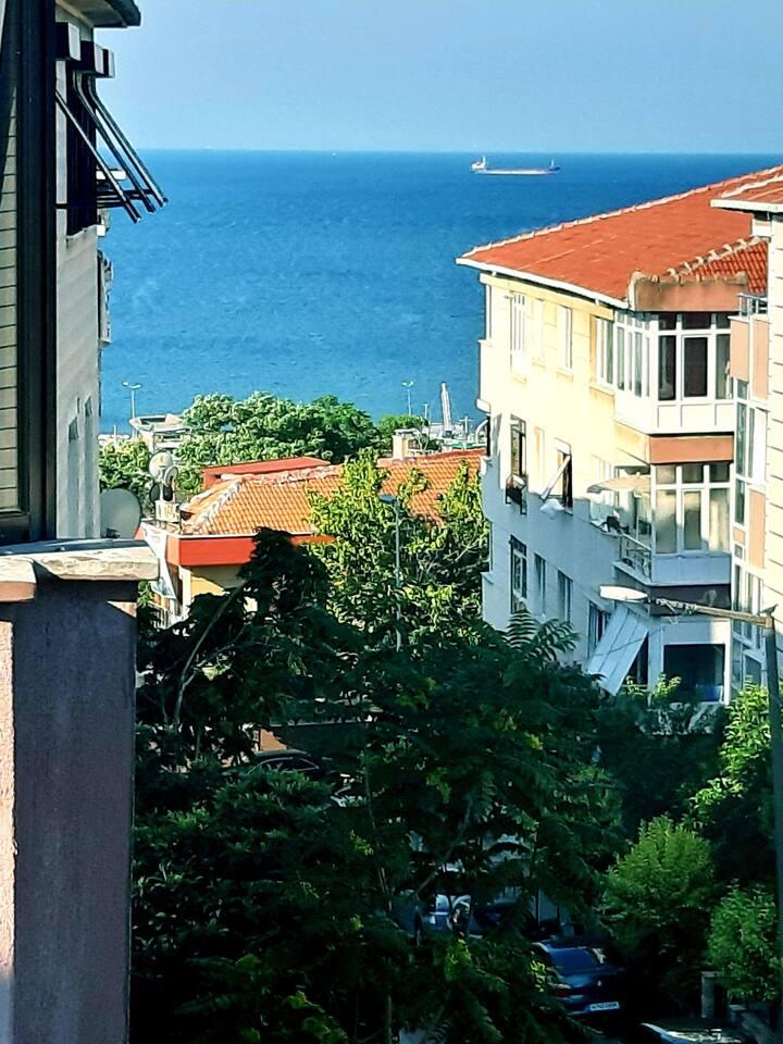 ساحل البحر اسطنبول