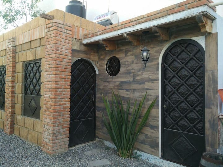 Cabaña Rústica Barrio de la Magdalena Tequis.