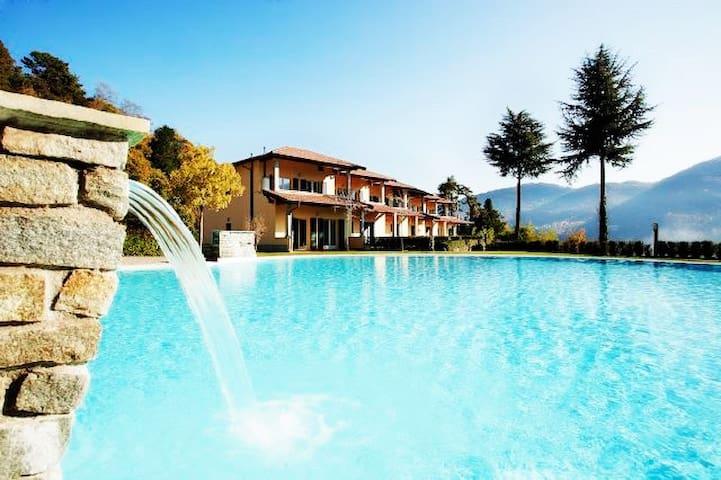 Residence Tremezzo apartment 5 sleeps 6 with pool