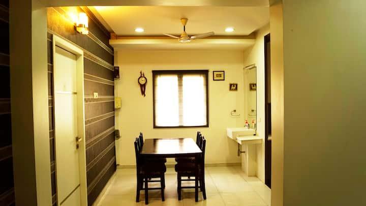 Aishwaryam Eswar Service Apartment