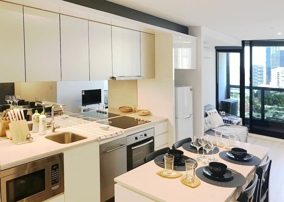 New Stunning 2 Bedrooms Apartment In Cbd Melbourne Apartments For Rent In Melbourne Victoria