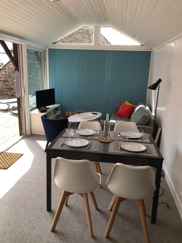 Appartement meublé, terrasse 700 m de la plage