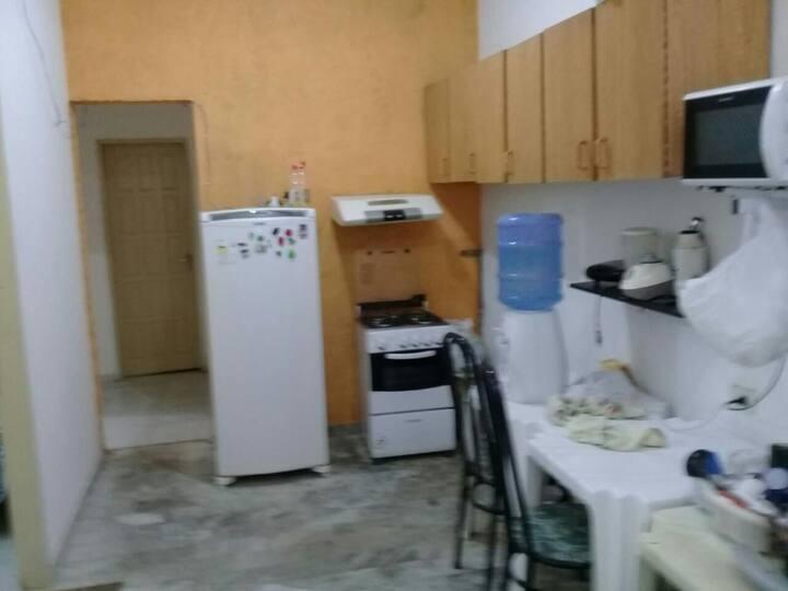Alugo quartos na Boa Vista prox a tudo! R$42.00dia
