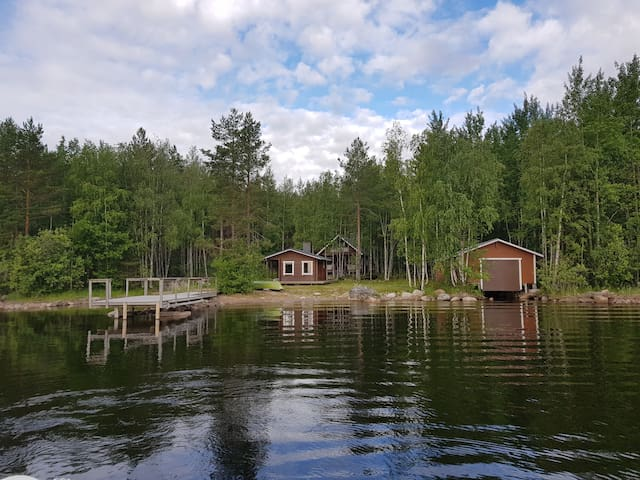 Koivula – Summer cottage by the lake