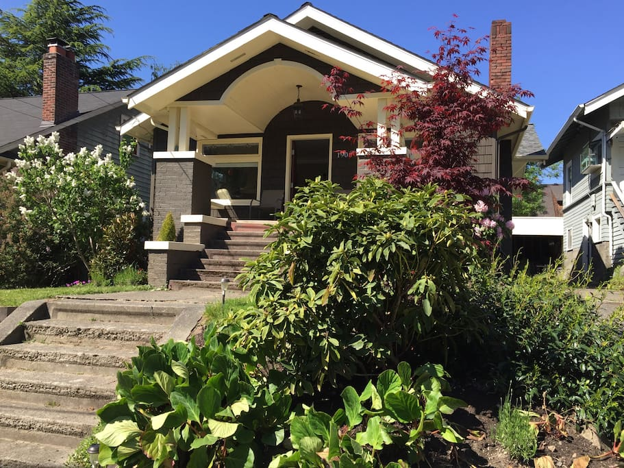 Montlake Craftsman With Backyard Houses For Rent In Seattle Washington United States