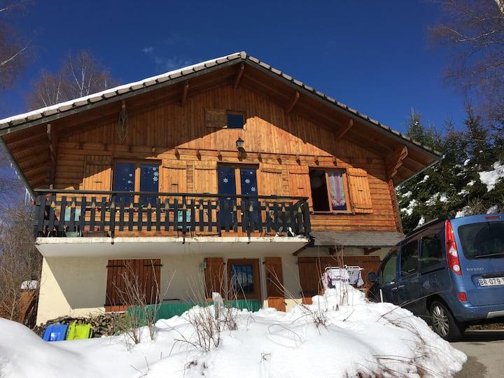 Chambre dans un joli chalet, au cœur du Haut-Jura