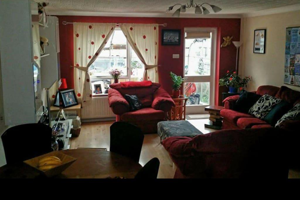 Common lounge area.