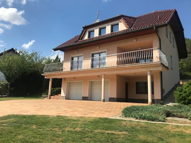 Luxusní vila Vohančice