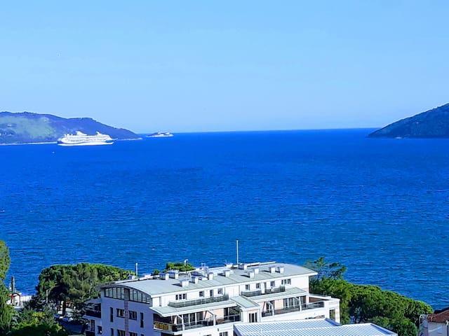Soba sa pogledom na more,Igalo