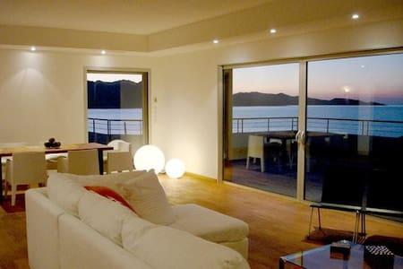Villa contemporaine de standing  vue panoramique - Saint-Florent