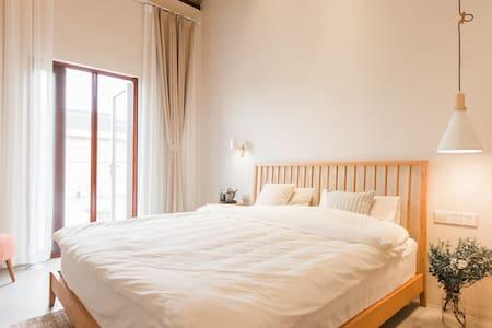 小筑沐野日式温泉房1 - Wuxi - Casa