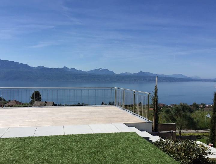 2 pièces vue lac sur Lutry/Lausanne. Terrasse