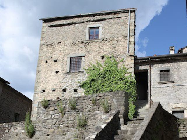 Beautiful house, dating from the 13th century. - Cantiere-ponticello - 一軒家