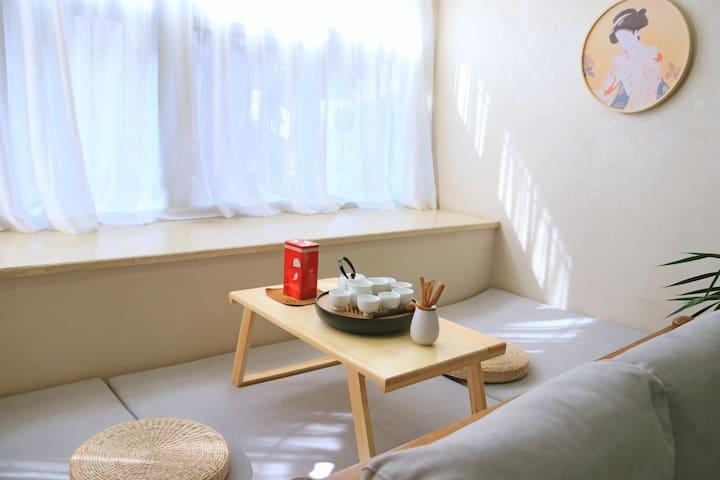 【绿柚空间Ⅳ-清隐】近翠湖、陆军讲武堂、云大、文化巷、文林街/小西门商圈/日式混搭两居/免费洗衣做饭