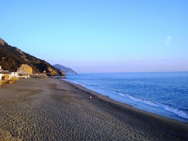 Appartamento a due passi dal mare - Deiva Marina
