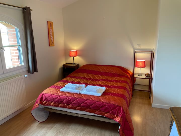 Chambre confortable villa jardin parking