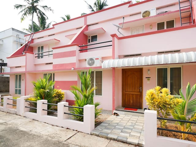 OYO - Furnished 1BR in Kovalam (Flash Deal)