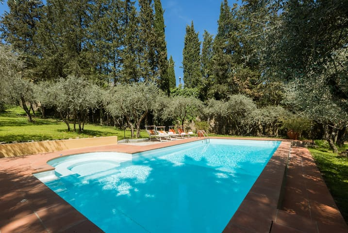 Tuscan Villa,Pool,Parking,Wifi, 3km@Ponte Vecchio