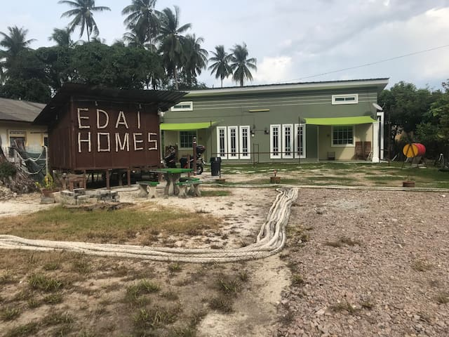 Minimalist Homestay Mersing| Edai Homes| The Eddy