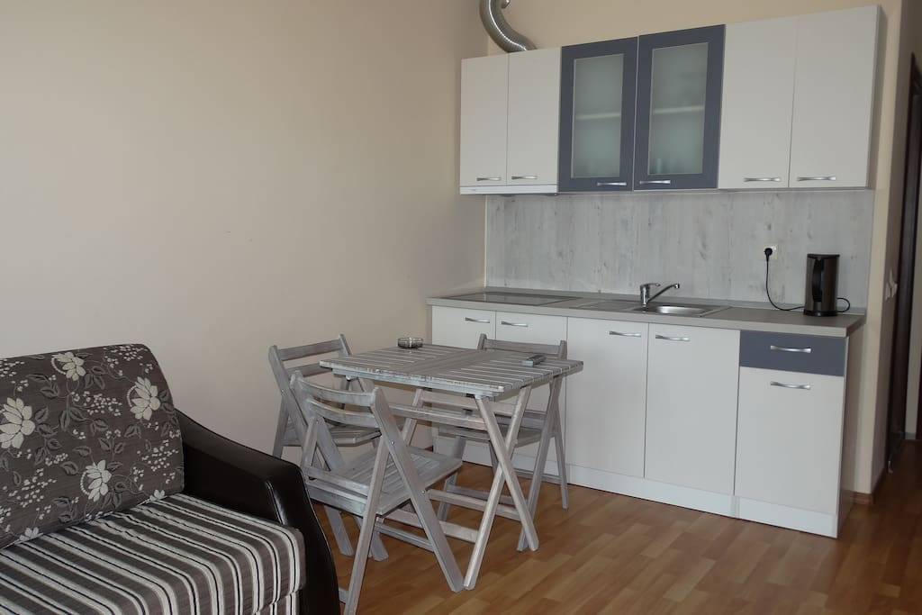 Fully Equipped Kitchenette & Dining Space