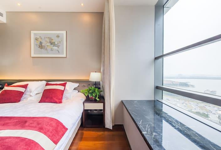 (金鸡湖畔摩天轮旁,近诚品)玺悦天地行政酒店公寓至尊湖景两室套房 - Suzhou Shi - Servicelägenhet
