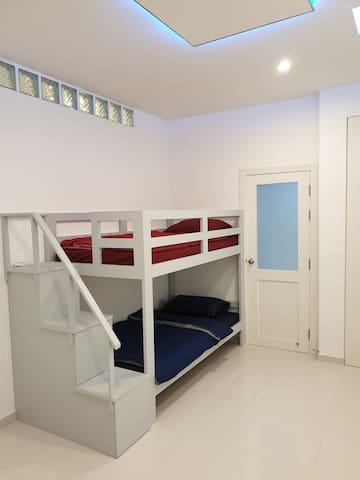Bunk Beds Bedroom 6