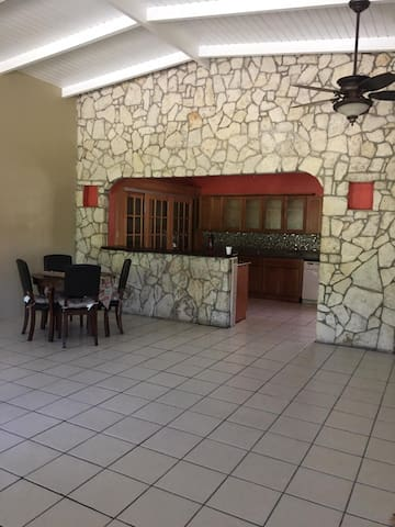 Beautiful 4 bedroom residence w/private entrance