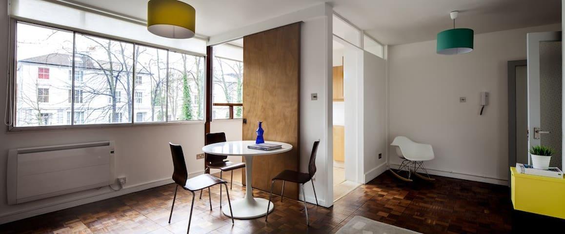 Mid-Century Modern London Flat