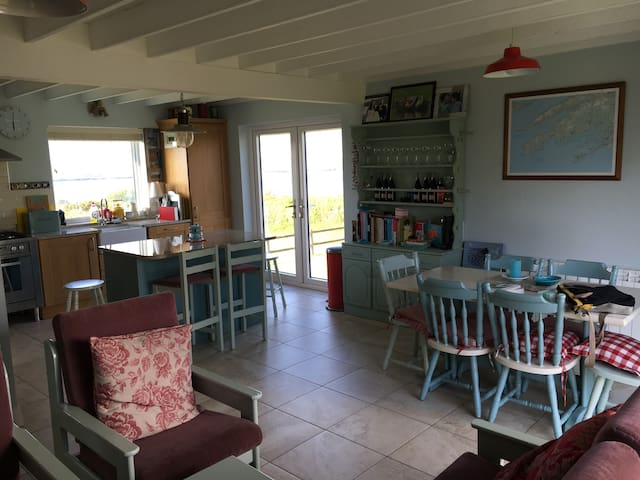 Spacious living room/kitchen/dining.