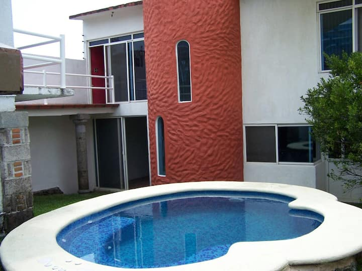 Casa en Cuernavaca con Jacuzzi/alberca