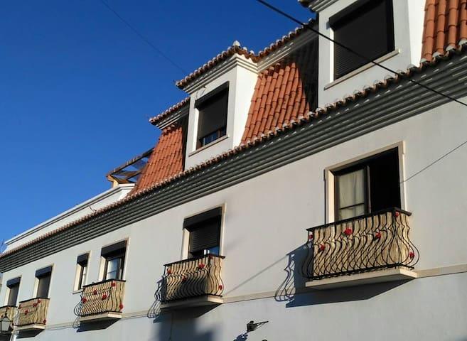 Apartamento T2 com terraço no centro da cidade - Vila Real de Santo António