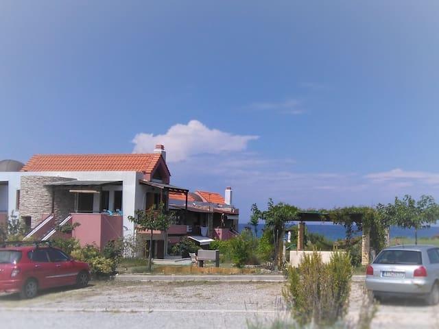 Beach maisonnette, Gavriadia beach, Ierissos - Ierissos - Appartement