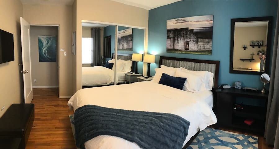 Comfy Room w/ Tons of Amenities! Non-Smokers Only