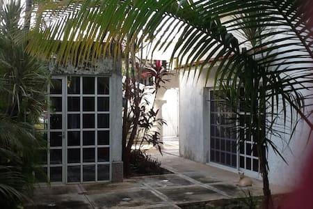 La Casita Caribe Guest House - Lägenhet