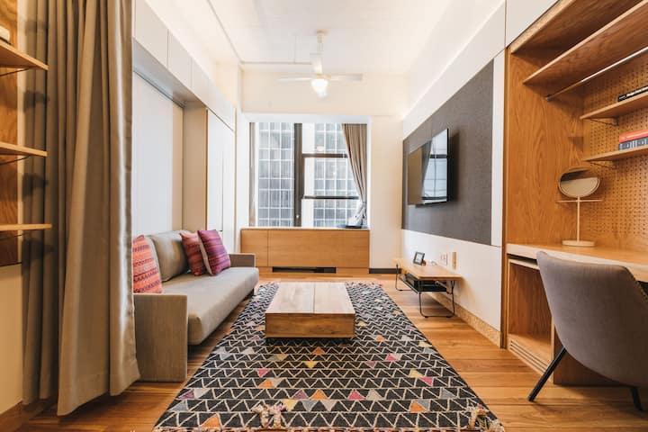 WeLive Wall Street -- Studio Double