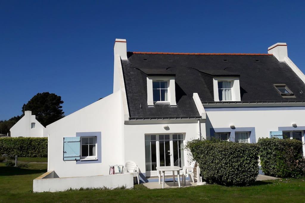 Charmante maison locmaria belle ile en mer maisons - Chambre d hote belle ile en mer pas cher ...