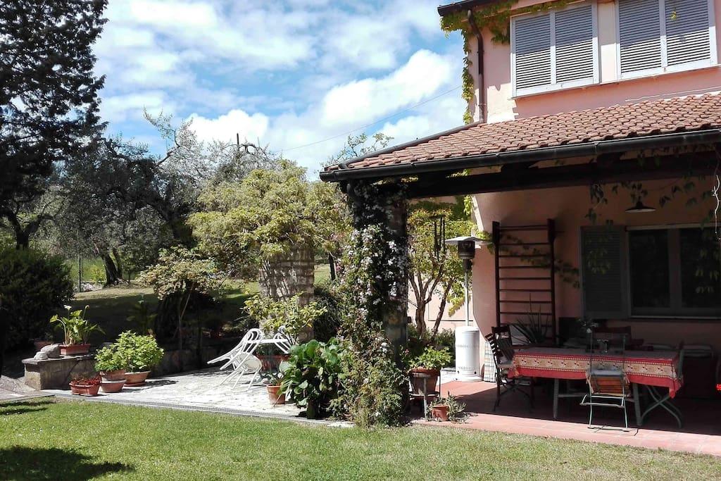 Casa lato giardino 2