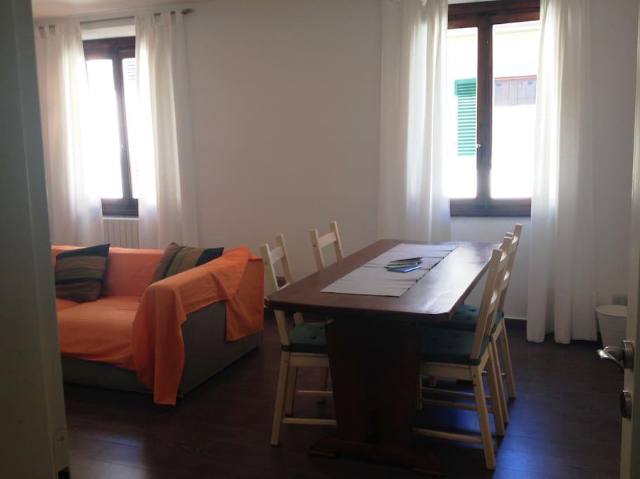Appartamento santa croce appartamenti in affitto a for Salotto la veronica