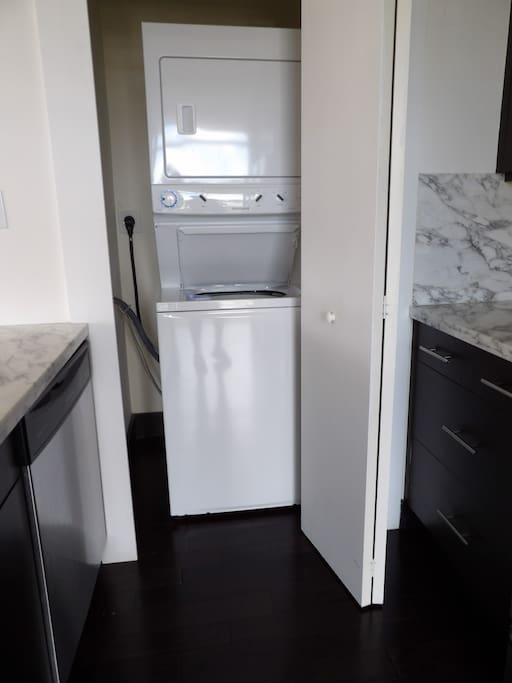 Washer/dryer in each apartment