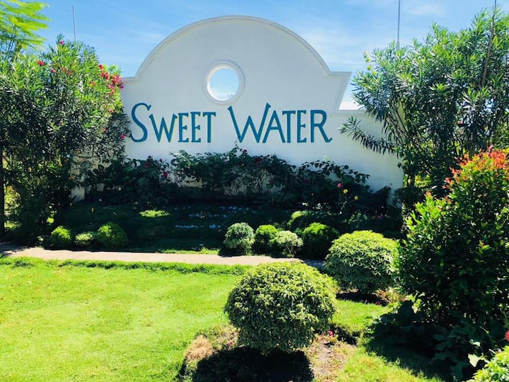 SweetWater Resort Aircon Room with Pool Access