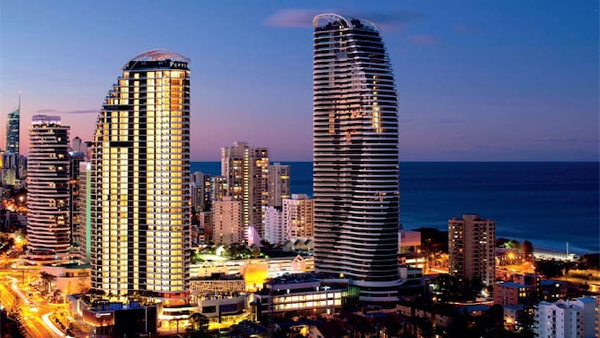 Luxury Oracle Apartment - Broadbeach - Huoneisto